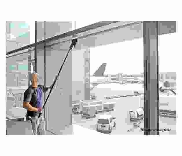 Stingray-Airport-Action1.jpg