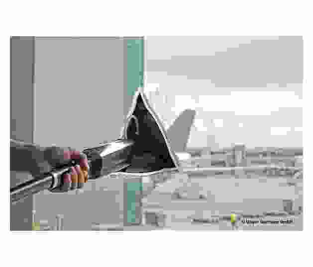 Stingray-Airport-Action2.jpg